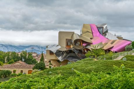 Hotel Marqués de Riscal in Elciego, een ontwerp van Frank O. Gehry - Spanje