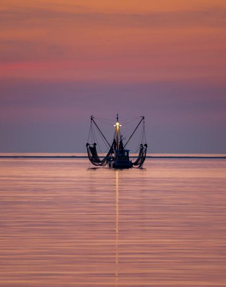 Visserboot op de Waddenzee