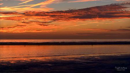 Zonsondergang 29-6-2015 - Katwijkse Strand en zee - foto door Jan Zuijderduijn op 30-06-2015