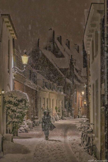 Wandelaar in de sneeuw...
