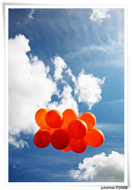 oranje in de lucht