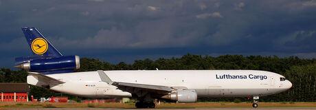 Lufthansa MD-11