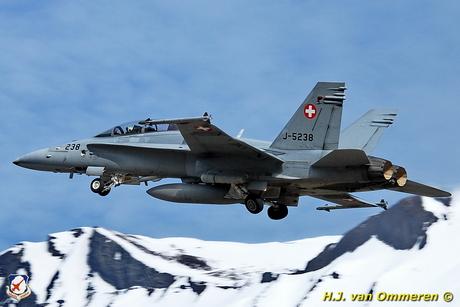 F-18 flugplatz Meiringen CH 2