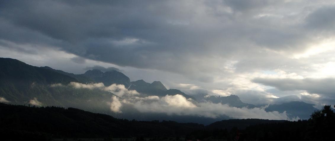 Avond - In Oostenrijk. - foto door mariah1982 op 04-07-2010 - deze foto bevat: lucht, oostenrijk