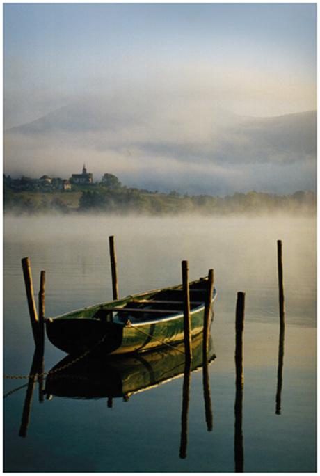 Boot op meer van aiguebellette