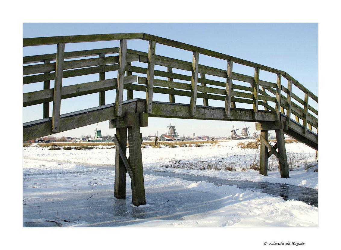 Winter in Holland - Een echt typisch Hollands plaatje...winterfeelings :-) - foto door Jola op 23-02-2012 - deze foto bevat: winter, holland, zaanse, schans