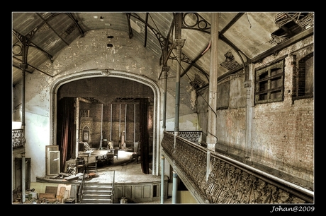 Theater of forgotten dreams.
