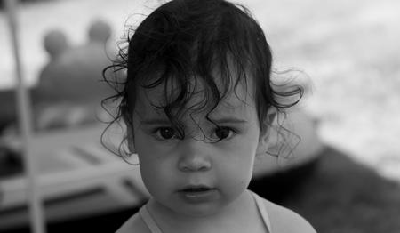 Lila B&W - Mijn dochter lila - foto door rakus op 21-07-2015 - deze foto bevat: portret, 85mm, black & white, Canon FD, sony nex