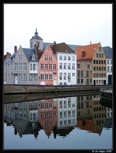 Weerspiegeling in Brugge