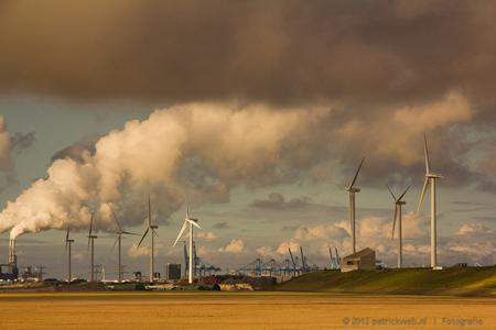 Maasvlakte 2 - Industrie kan ook mooi zijn - foto door patricks5600 op 12-08-2012 - deze foto bevat: maasvlakte