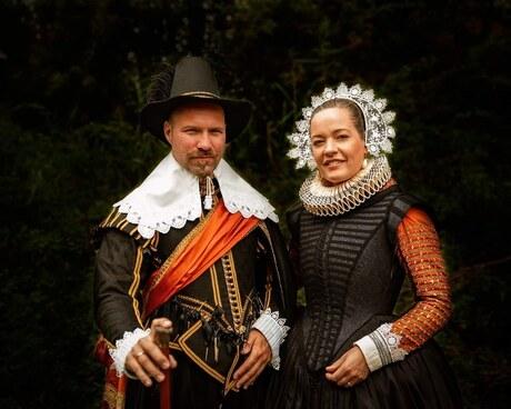 Walking through history - Angela en Jasper