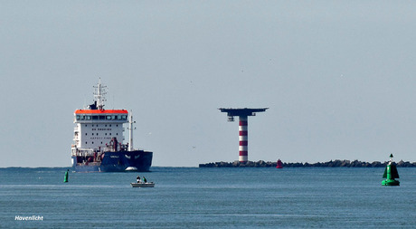 1) Havenlicht bij de Scheepvaart_DSC8086