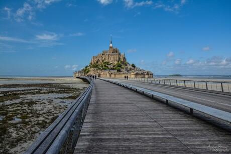 Le Mont-Saint-Michel ~ une