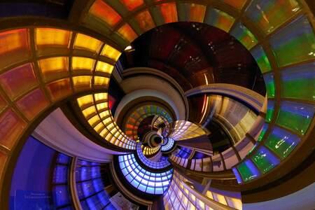 Color depth - Het station van de Randstadrail in Zoetermeer. Kleurrijke glasblokken die ik in Photoshop bewerkt heb. - foto door nl79140 op 29-01-2012 - deze foto bevat: kleur, color, zoetermeer, diepte