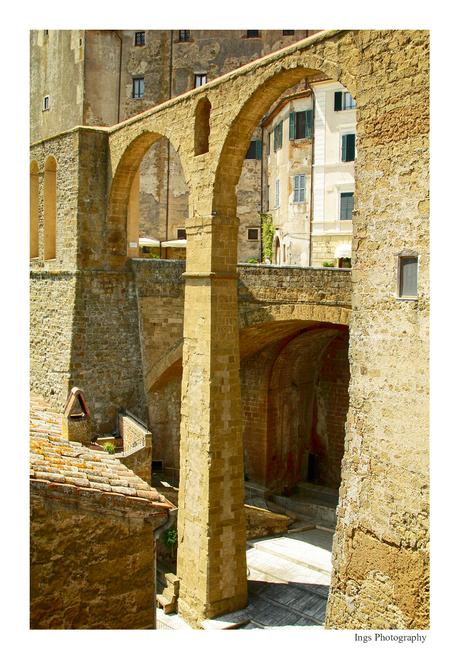 Italië 15 Toscane Pitigliano