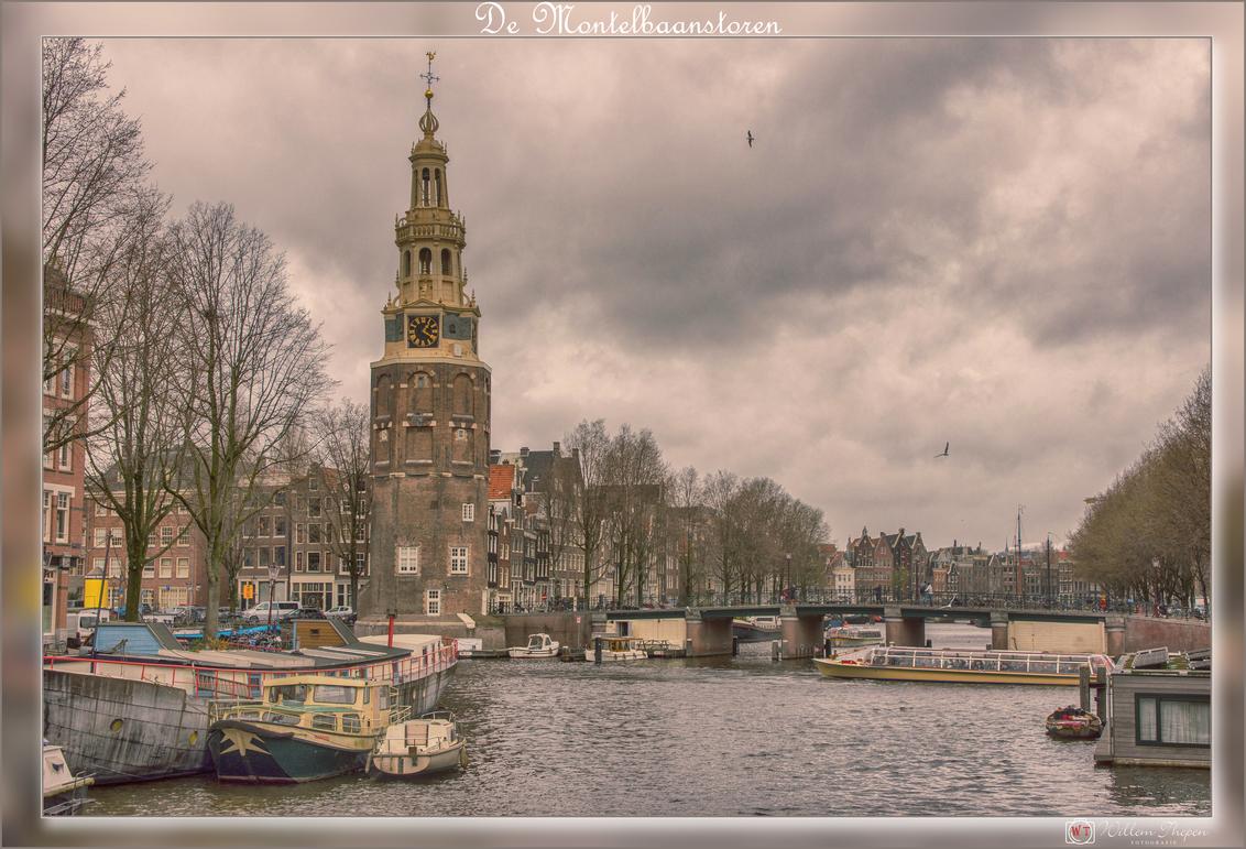 De Montelbaanstoren - De Montelbaanstoren is een Amsterdamse toren uit 1516 aan de Oudeschans. - foto door Willem Thepen op 10-03-2019 - deze foto bevat: amsterdam, montelbaanstoren, oude schans