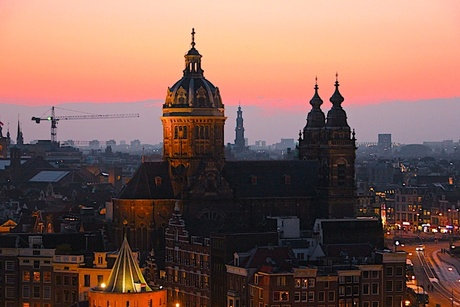 avondrood over Amsterdam