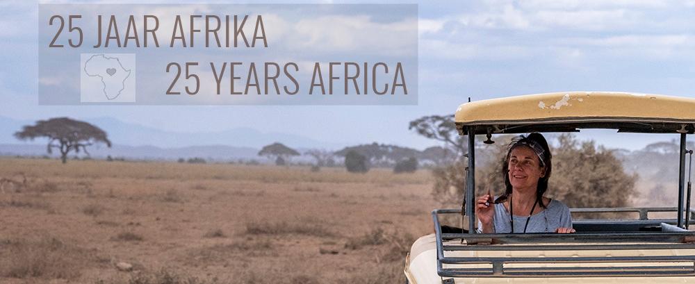 25 jaar Afrika - 25 JAAR AFRIKA!  Inmiddels reis ik al 25 jaar naar Afrika. En ik vind dat dat gevierd mag worden!  Daarom geef ik een leuk cadeautje weg op de be - foto door IngridVekemans op 28-11-2019 - deze foto bevat: natuur, dieren, safari, afrika, wildlife, fotosafari