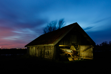 Shed by night