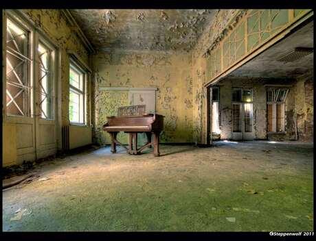 Piano Sanatorium II