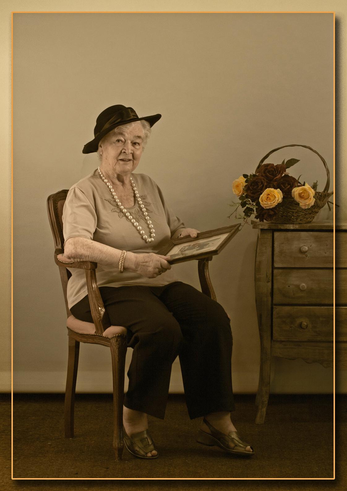 Senioren 31 - Voor de omschrijving zie bij Senioren 1 - foto door kosmopol op 20-01-2012 - deze foto bevat: senioren, kosmopol, glamour; portret
