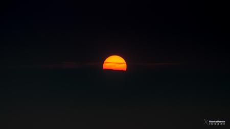 Zonsondergang - Zonsondergang - foto door MauriceMeerten op 21-06-2018 - deze foto bevat: lucht, wolken, sunset, air, avond, zonsondergang, sun, sunlight, clouds, sundown, sky, sunshine, colors, colours, colorful, evening, sonnenuntergang