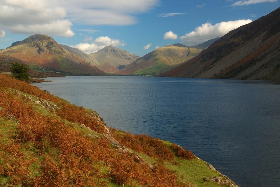 Wast Water - Een klassiek uitzicht in Lake District (UK): Wast Water met Great Gable op de achtergrond. - foto door corine64 op 15-04-2012 - deze foto bevat: uk, Lake District, Wast water, groot brittannie, Great Gable, Wasdale