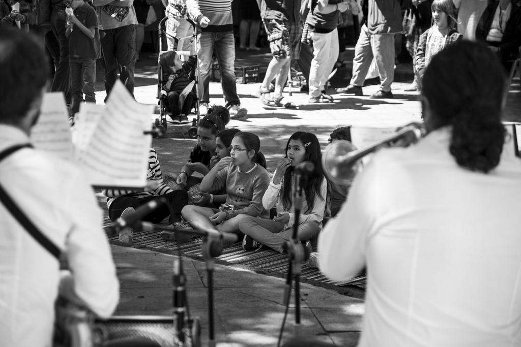 Lanzarote 36 - Bedankt voor de reacties en een fijne dag verder. - foto door goosveenendaal op 30-06-2015 - deze foto bevat: mensen, kinderen, zwartwit, straatfotografie, lanzarote
