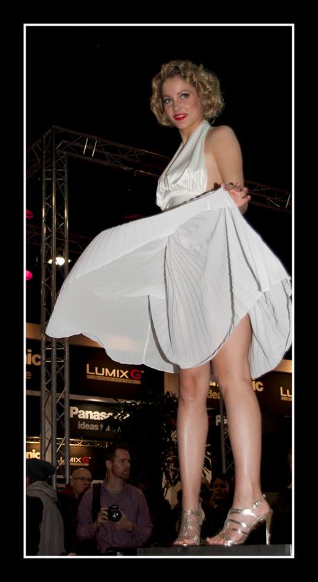 Marilyn Monroe Zoom Experience model