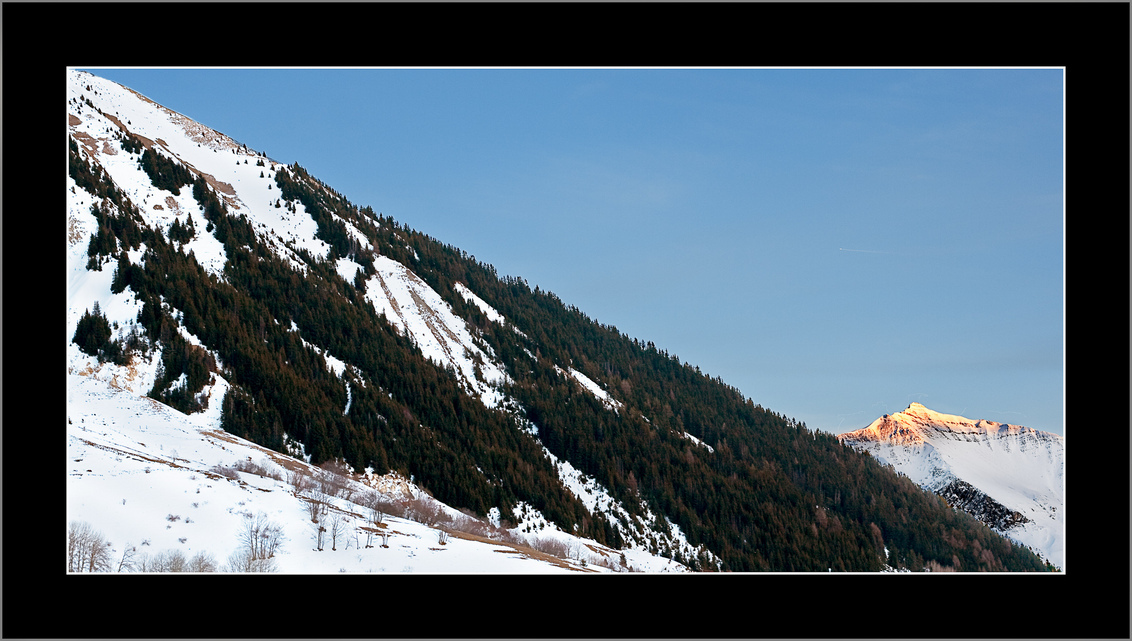 Last Sun - - - foto door aernoutjacobs op 09-01-2009 - deze foto bevat: zon, sneeuw, winter, frankrijk, landschap, bergen, koud, alpen