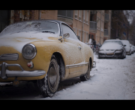 Karmann Ghia, Alone in the snow