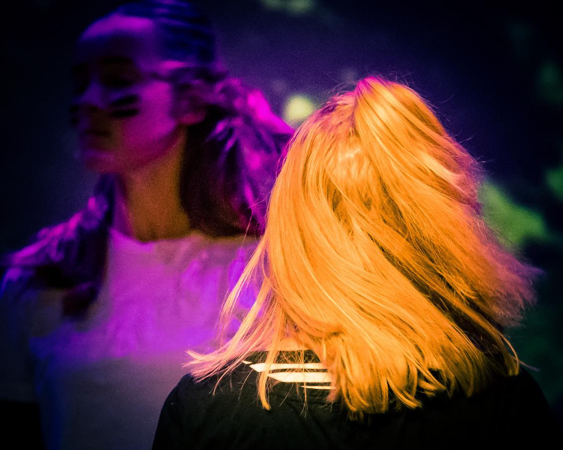 Hair... - Een podium-foto uit mijn archief van november 2019.  Even groot bekijken aub! - foto door Zoom4Hans op 05-04-2021