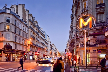 Parijs in de avond