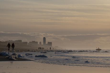 Skyline van Zandvoort in de winter
