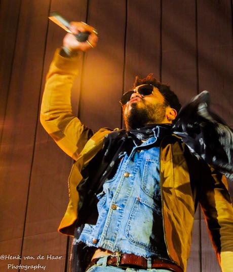 Lenny Kravitz at Concert at Sea