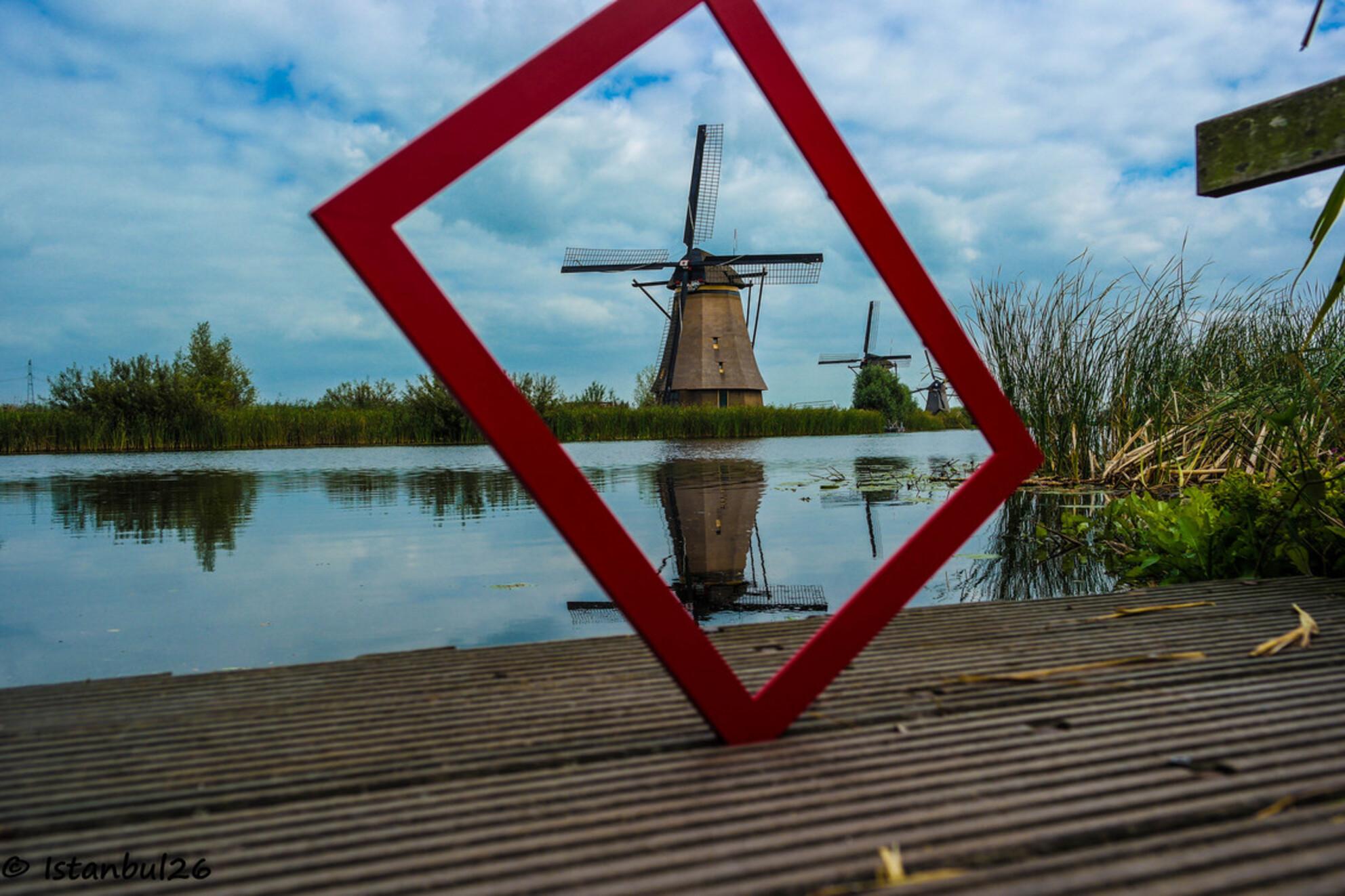 Mill - SAM_1444.jpg - foto door Aysegul_zoom op 16-09-2014 - deze foto bevat: wolken, water, natuur, herfst, bos, rivier, molen