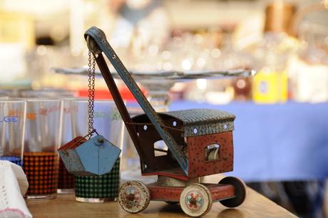speelgoed op antiekmarkt