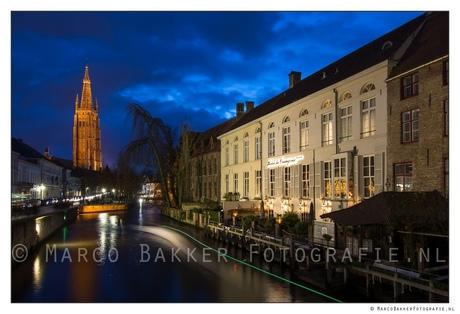 Brugge in het blauwe uurtje
