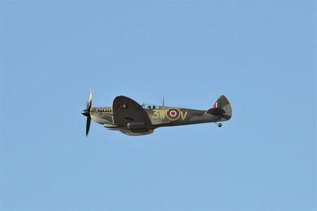 Spitfire T8885
