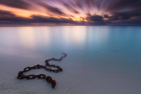 Chained - - - foto door fotoscape op 24-02-2018 - deze foto bevat: landschap, zonsopkomst, kust, lange sluitertijd