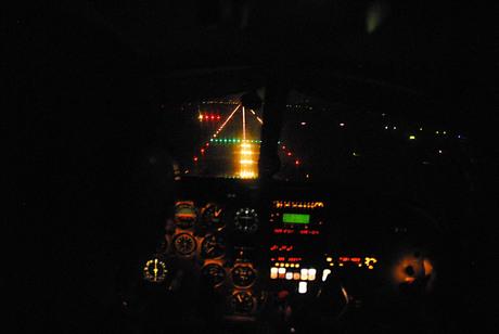 foto nachtvliegen Rotterdam