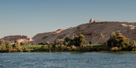 De oever van de Nijl in Egypte