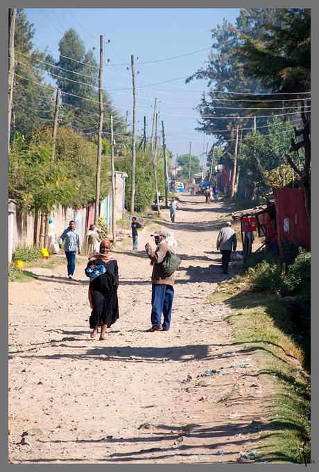 Ethiopia - Addis Ababa - street off the main road