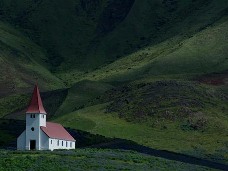 kerkje van Vik op ijsland