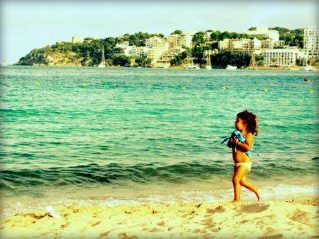 Run,run run away