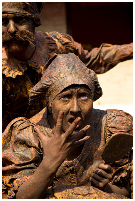 living statues Arnhem