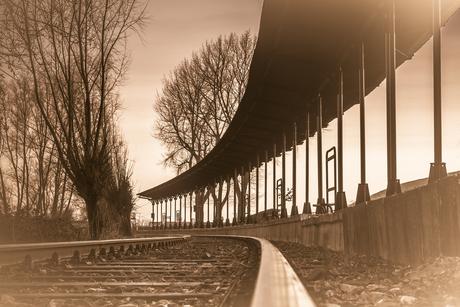 Station sepia