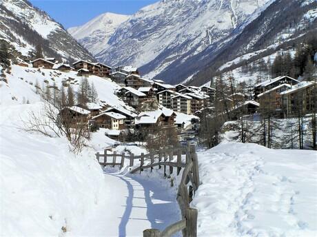 P2250072 Vandaag 15 jaar Zoom lid . foto Zwitserland Zermatt 25 feb 2005