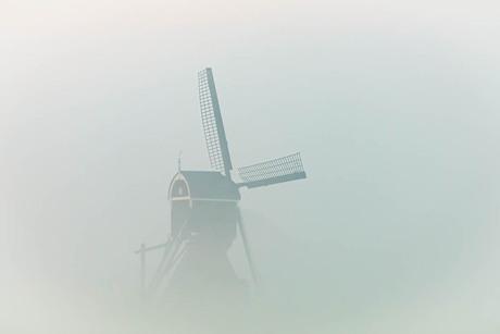 molen in de wolken