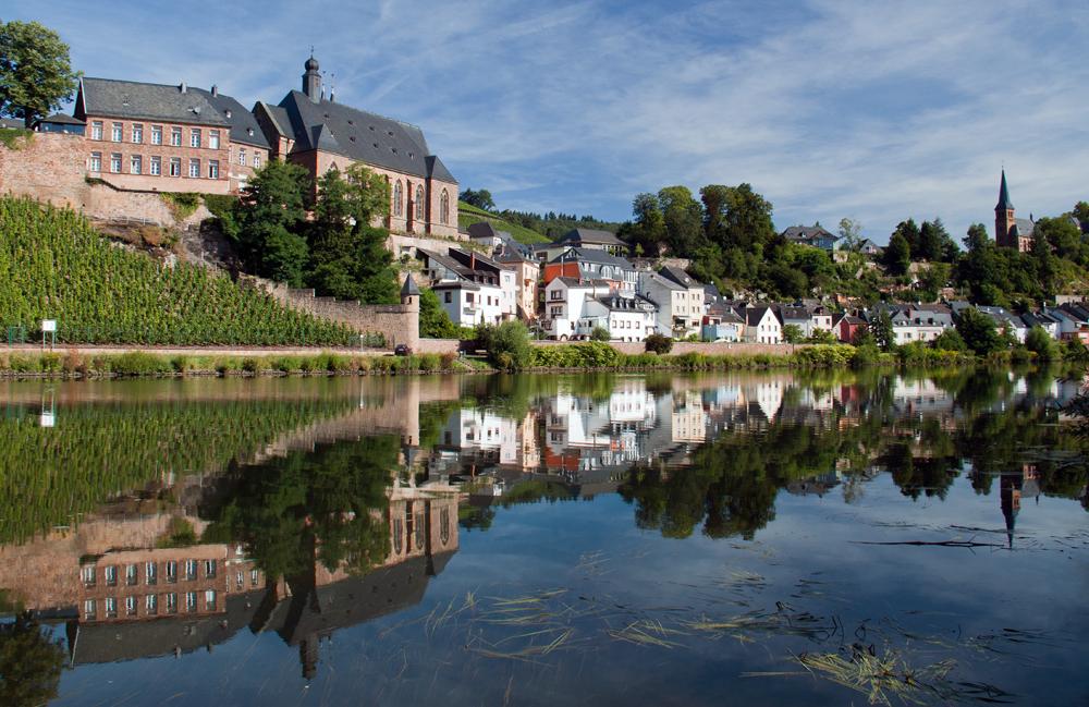 Saarburg - Duitsland, Saarburg - foto door hillegonda op 28-08-2012 - deze foto bevat: lucht, blauw, water, spiegeling, stad, duitsland, saarburg